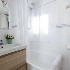 Отель Charming Lavapiés City Center Мадрид ванная