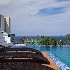 Golden Holiday Hotel бассейн фото 3