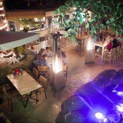 Tropicana Hotel бассейн