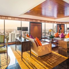 Royal Orchid Sheraton Hotel & Towers питание фото 3
