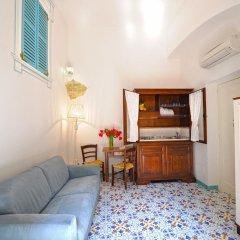 Отель Amalfi un po'... Италия, Амальфи - отзывы, цены и фото номеров - забронировать отель Amalfi un po'... онлайн комната для гостей фото 4