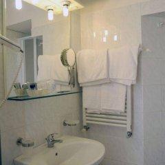 Отель Veronese Италия, Генуя - отзывы, цены и фото номеров - забронировать отель Veronese онлайн ванная фото 2