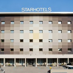 Отель Starhotels Tourist парковка