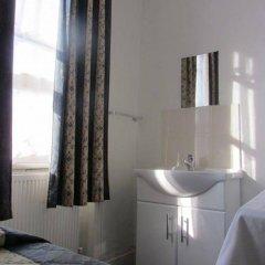 Отель Goodwood Hotel Великобритания, Лондон - отзывы, цены и фото номеров - забронировать отель Goodwood Hotel онлайн ванная