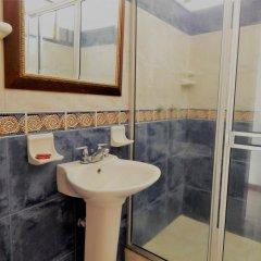 Отель Casa Miraflores Колумбия, Кали - отзывы, цены и фото номеров - забронировать отель Casa Miraflores онлайн ванная