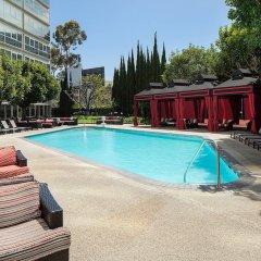 Отель Sheraton Gateway Los Angeles США, Лос-Анджелес - отзывы, цены и фото номеров - забронировать отель Sheraton Gateway Los Angeles онлайн бассейн фото 3