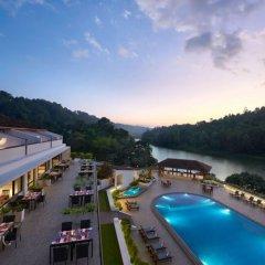 Отель Cinnamon Citadel Kandy бассейн