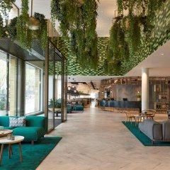 Отель Hyatt Regency Amsterdam гостиничный бар