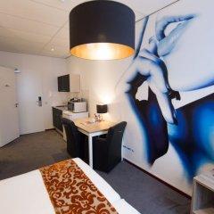 Amsterdam Teleport Hotel удобства в номере фото 2