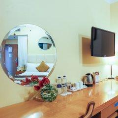 Отель Arabian Park Hotel ОАЭ, Дубай - 1 отзыв об отеле, цены и фото номеров - забронировать отель Arabian Park Hotel онлайн удобства в номере фото 2