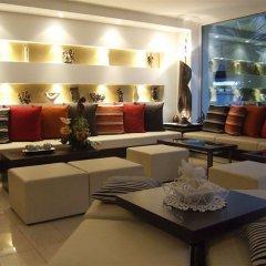 Hotel Ghirlandina интерьер отеля
