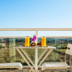 Отель Perea Hotel Греция, Агиа-Триада - 7 отзывов об отеле, цены и фото номеров - забронировать отель Perea Hotel онлайн балкон