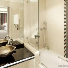 Отель Madison Hôtel by MH Франция, Париж - отзывы, цены и фото номеров - забронировать отель Madison Hôtel by MH онлайн ванная
