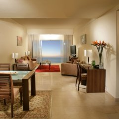 Отель Ramada Beach Аджман в номере