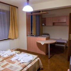 Отель Villa Vera Guest House Банско комната для гостей фото 3