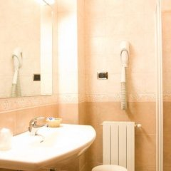 Hotel Villa Delle Rose Ористано ванная фото 2