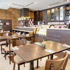 Отель Prescott Hotel KL Medan Tuanku Малайзия, Куала-Лумпур - 1 отзыв об отеле, цены и фото номеров - забронировать отель Prescott Hotel KL Medan Tuanku онлайн питание