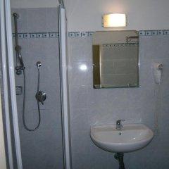 Отель Trieste Италия, Кьянчиано Терме - отзывы, цены и фото номеров - забронировать отель Trieste онлайн ванная фото 2