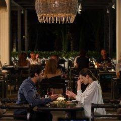 Almyra Hotel гостиничный бар