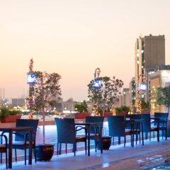 Carlton Tower Hotel Дубай бассейн фото 2