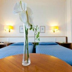 Отель La Residence & Idrokinesis Италия, Абано-Терме - 1 отзыв об отеле, цены и фото номеров - забронировать отель La Residence & Idrokinesis онлайн комната для гостей фото 2