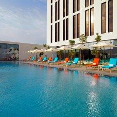 Отель Aloft Me'aisam, Dubai бассейн