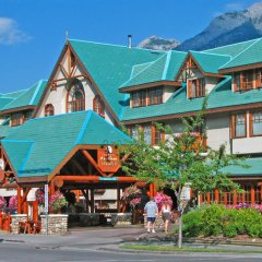 Отель Banff Caribou Lodge and Spa бассейн фото 2