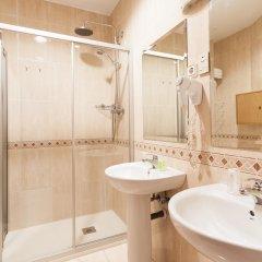 Отель Hostal Estela Испания, Мадрид - отзывы, цены и фото номеров - забронировать отель Hostal Estela онлайн ванная