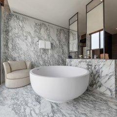 Отель 137 Pillars Suites Bangkok ванная фото 2