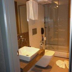 Kervansaray Bursa City Hotel Турция, Бурса - отзывы, цены и фото номеров - забронировать отель Kervansaray Bursa City Hotel онлайн ванная фото 2