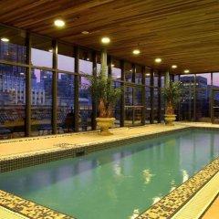 Отель Le Square Phillips Hotel And Suites Канада, Монреаль - отзывы, цены и фото номеров - забронировать отель Le Square Phillips Hotel And Suites онлайн бассейн фото 3