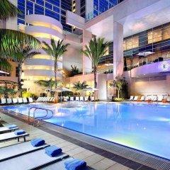 Отель Hilton San Diego Bayfront бассейн фото 3