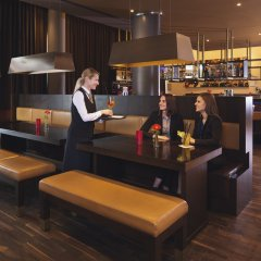Movenpick Hotel Frankfurt City гостиничный бар