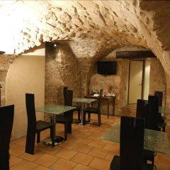 Отель De Senlis Франция, Париж - 1 отзыв об отеле, цены и фото номеров - забронировать отель De Senlis онлайн питание фото 2