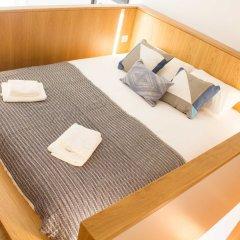 Апартаменты Alfama Blue Studio Loft Apartment - by LU Holidays комната для гостей фото 3