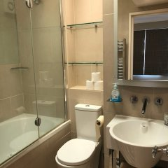 Апартаменты Beaufort Gardens Apartment Лондон ванная