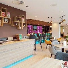 Отель Holiday Inn Amsterdam Нидерланды, Амстердам - 3 отзыва об отеле, цены и фото номеров - забронировать отель Holiday Inn Amsterdam онлайн интерьер отеля фото 3