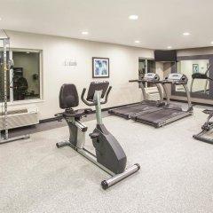 Отель La Quinta Inn & Suites Effingham фитнесс-зал