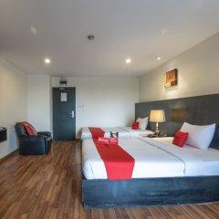 Отель Boss Mansion Бангкок сейф в номере