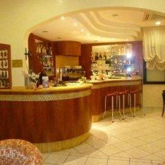 Hotel Pigalle Риччоне гостиничный бар