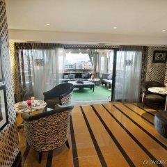 Beacon Hotel & Corporate Quarters комната для гостей