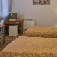 Гостиница Uyutnaya Orenburg в Оренбурге отзывы, цены и фото номеров - забронировать гостиницу Uyutnaya Orenburg онлайн Оренбург удобства в номере фото 2