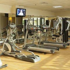 Al Waleed Palace Hotel Apartments Oud Metha фитнесс-зал фото 2