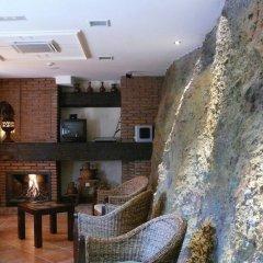 Отель La Higuera Испания, Гуэхар-Сьерра - отзывы, цены и фото номеров - забронировать отель La Higuera онлайн интерьер отеля
