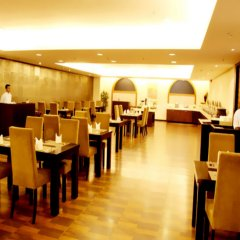 Отель Mapple Emerald New Delhi Индия, Нью-Дели - отзывы, цены и фото номеров - забронировать отель Mapple Emerald New Delhi онлайн помещение для мероприятий фото 2
