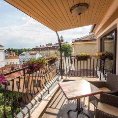 Отель 8 1/2 Art Guest House балкон