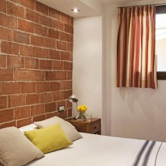 Отель AinB Las Ramblas-Guardia Apartments Испания, Барселона - 1 отзыв об отеле, цены и фото номеров - забронировать отель AinB Las Ramblas-Guardia Apartments онлайн комната для гостей фото 5
