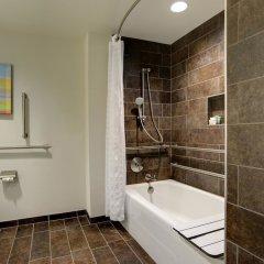 Отель Hilton Columbus Downtown США, Колумбус - отзывы, цены и фото номеров - забронировать отель Hilton Columbus Downtown онлайн ванная фото 2