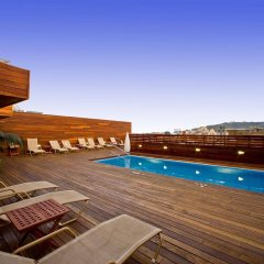 Hotel Lleó бассейн