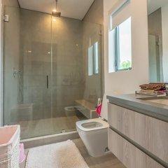 Отель Laurel Modern Villa США, Лос-Анджелес - отзывы, цены и фото номеров - забронировать отель Laurel Modern Villa онлайн ванная фото 2